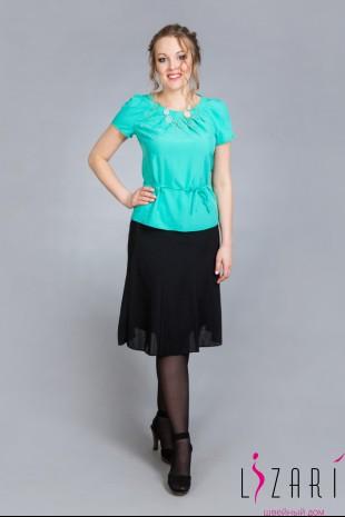 Блузка зелёная с защипами - Lizari