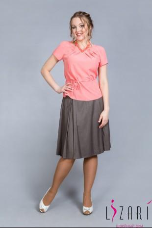 Блузка персиковая с защипами - Lizari